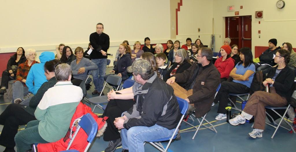 Mayor Wayne Potoroka moderated the meeting and passed the microphone.